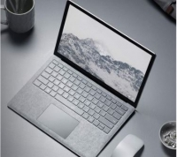 Microsoft Surface Laptop i5 8GB 128GB 13.5  Win10 Platinium
